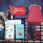 #whatsinmybag #whatsinmypurse ;) happy Sunday everyone!