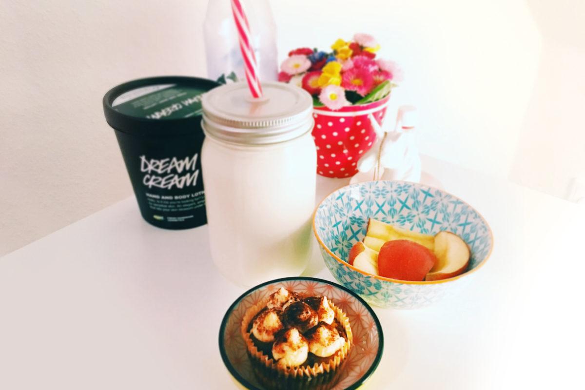 Cupcake von der Soulfood Lowcarberia, Apfel, Milch